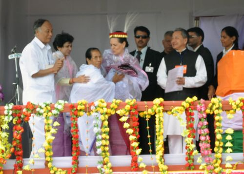 UPA Chairperson and AIIC President Sonia Gandhi, with head gear (Kajing Lei) at Kangla police meeting Imphal on Friday. Photo by Ph. Santosh, Imphal