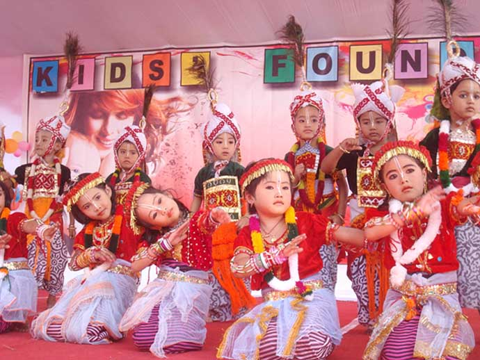 Children of Kids Foundation performing during the parents day celebration at their airport road Ghari school complex on Sunday. 2010-12-06 | by : IFP Photo