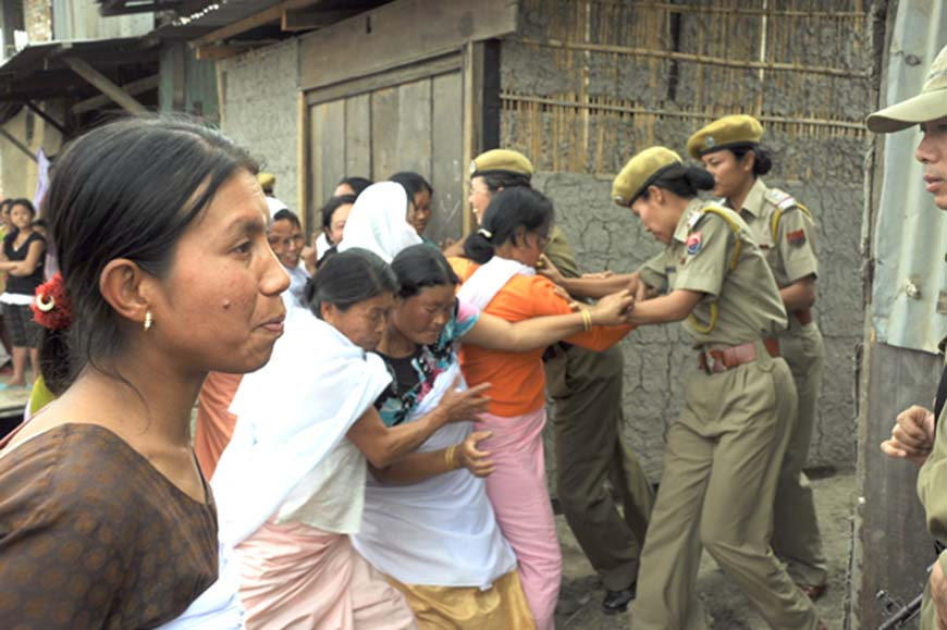 Saying deceased Athokpam Nanao Devi 22 wife of A. Milan of Kakwa Naorem leikai was killed by her husband not by poison, relatives of the victim attempting to destroy the residence of Milan on Friday.