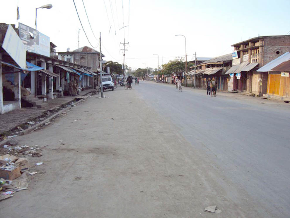 A deserted street in Ningthoukhong during the 72 hours general strike call of the JAC in connection with the killing of four years old Thiyam Roberoy of Ninghtoukhong village of Bishnupur.