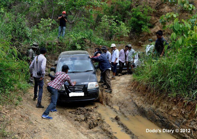 MAPC trip to Eshingthingbi Lake Chandel, Poor Road Condition