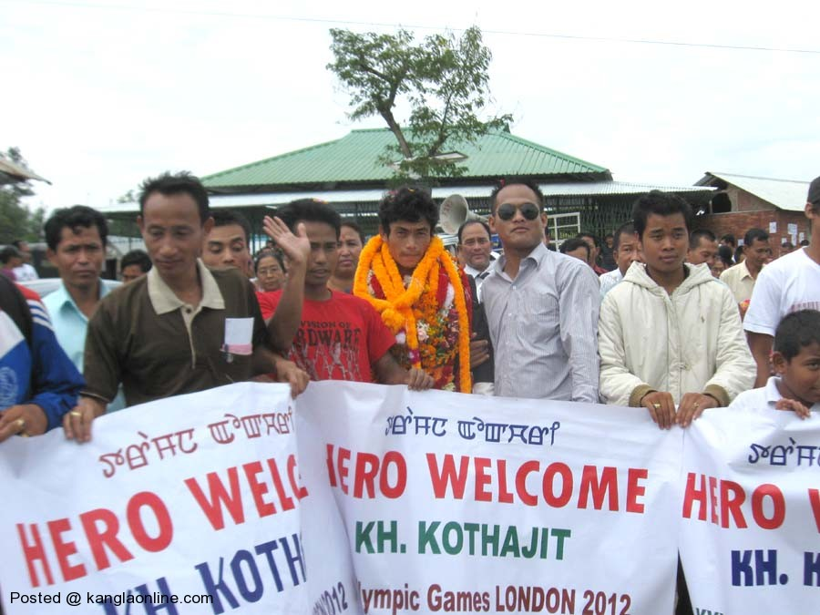 Manipur Olympian Kothajit finally feted , Locals warmly recieved Manipur Olympian Kothajit on his arrival at the Imphal Airport on Wednesday.  Photo: IFP