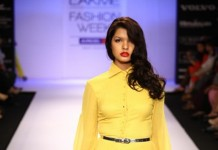A model on the ramp showcase designer Sailex Ngairangbams creations at LFW (20)