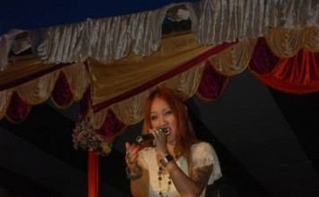 Alvina Golmei enthralling the audience at Pineapple Queen Manipur