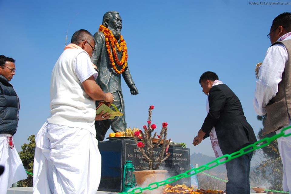 Floral tribute paid to the statue of Chingsubam Akaba by the dignitaries, his family members, relatives and others
