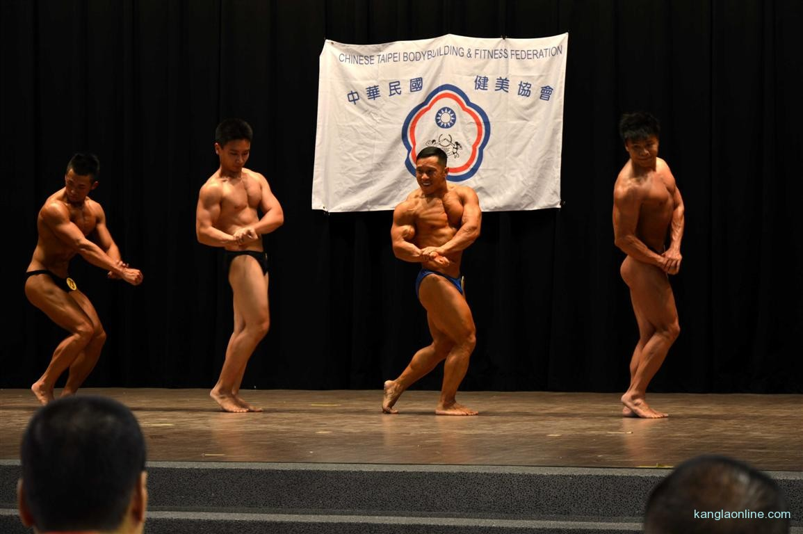 Dr. Ngangbam Shantikumar Meetei displaying the Side Chest for the Mr Senior Title at Taiwan National Body Building Championship - 2013