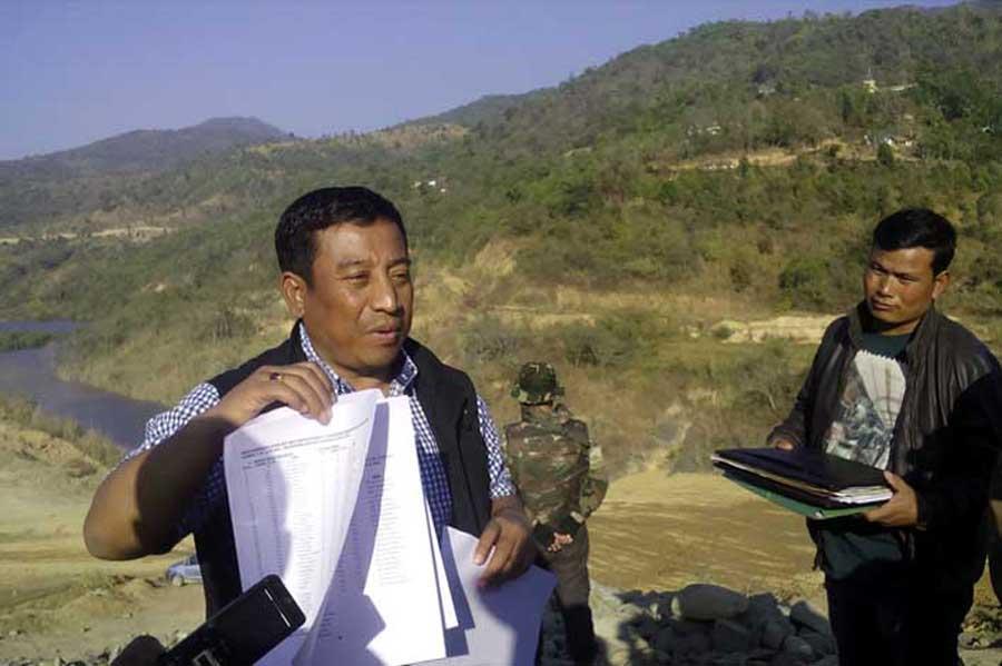 MLA, Shyamkumar talking to media persons at Moirangpurel Government High