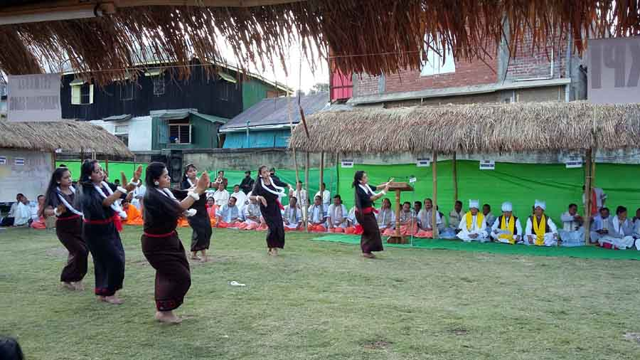 Maibis performing a traditiona dance at the inaugural day of the three-day Umanglai Haraoba (Kanglei) festival which began today at the Iboyaima Shumang Leela Shanglen.