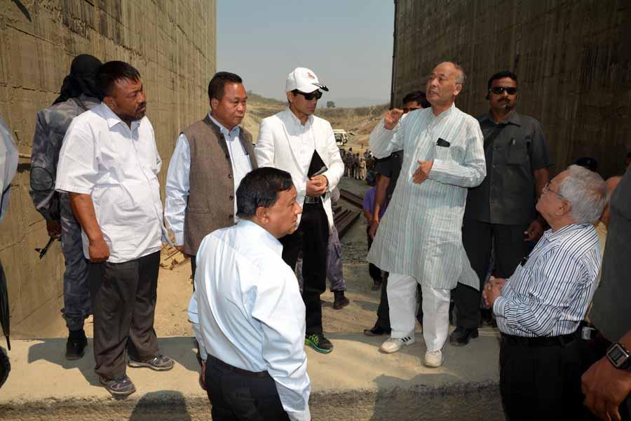 CM Shri O. Ibobi Singh inspected Dolaithabi Barrage Project yesterday.
