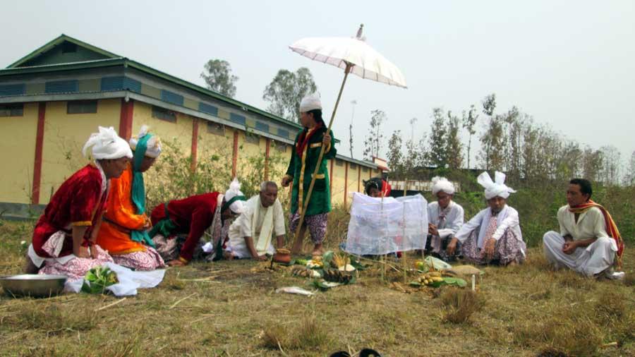 Kongba Leithong Phatpa Sajibu Leikhul Touba