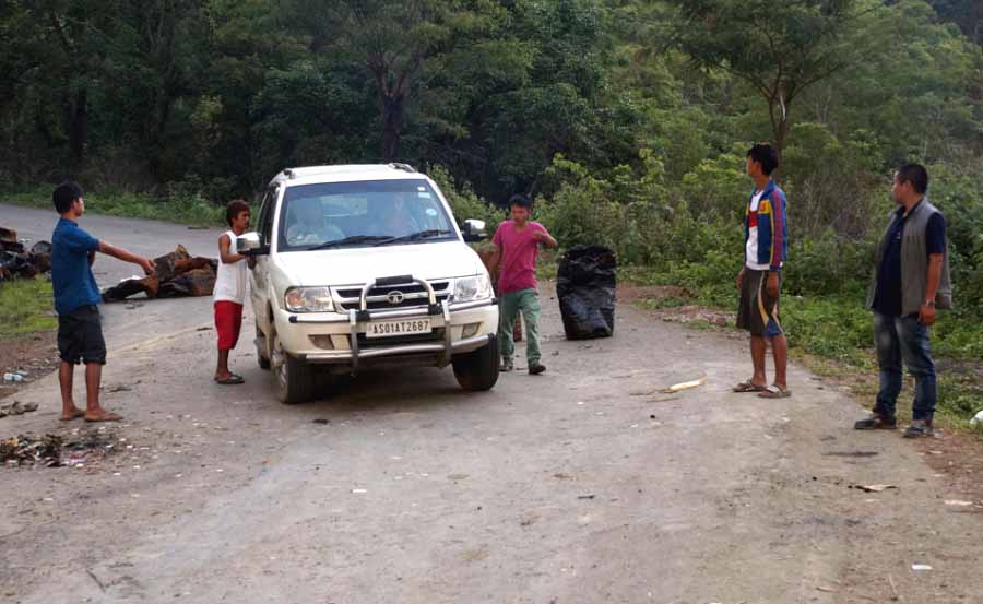 Blockade supporters checking a vehicle in Chandel district
