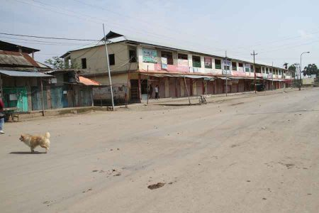 Mayang Imphal wore a deserted look following the tussle between locals and police in the morning. IFP Photo