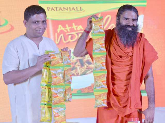 baba-ramdev-to-lauch-jeans-products-1