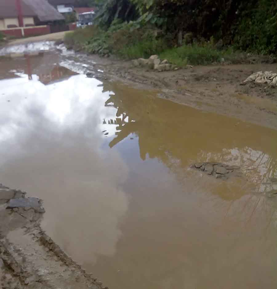 net_a_pond_like_pothole_along_circular_road_in_ukhrul_town