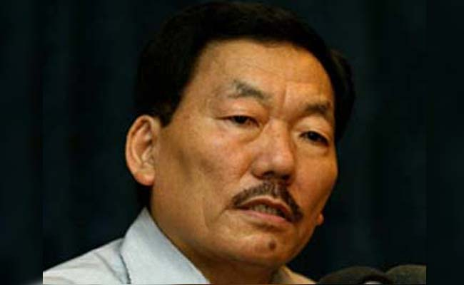 Sikkim CM Pawan Chamling said despite being Centre's ally, the state is yet to get air and rail links.