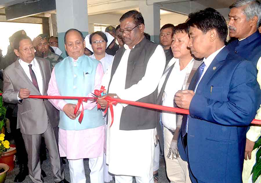 MoS Faggan Singh Kulaste cuts an inaugural ribbon at RIMS