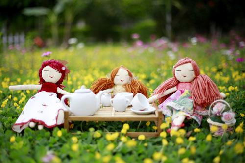 Nungshiba dolls