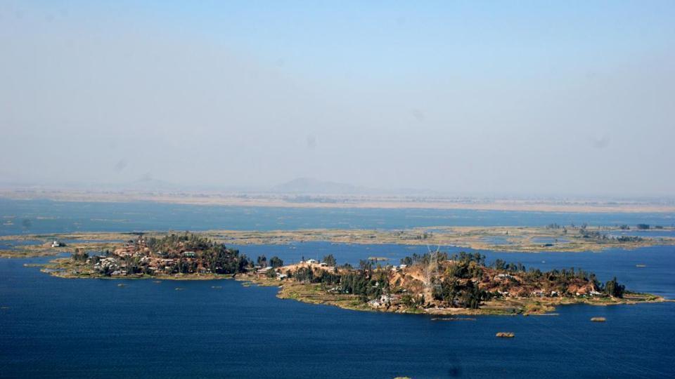 karang islandd in loktak lake