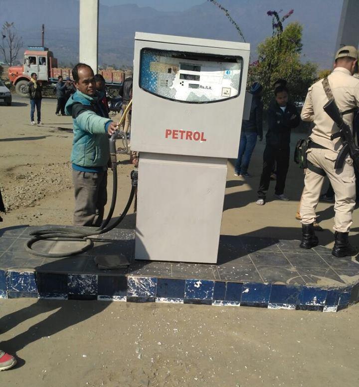 sekmai petrol pump incident-1 (2)