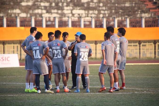 Thangboi Singto with Shillong Lajong FC teamShillong Lajong FC / Facebook
