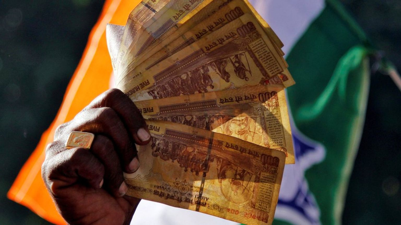 The 500 and 1000 rupee notes were scrapped to target so-called 'black money'