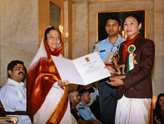 Four times Asian Champion Smt. Laishram Sarita Devi to return Arjuna Award