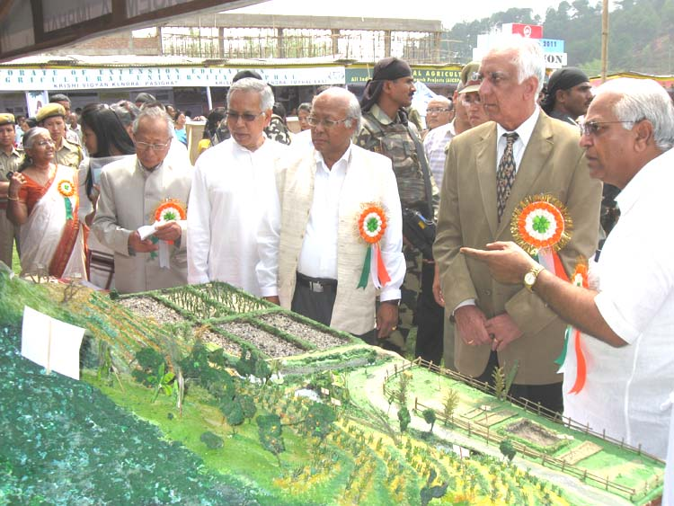 Governor of Manipur Gurbachand Jagat at Central Agriculture University Fair, 2011