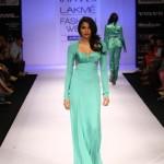 A model on the ramp showcase designer Sailex Ngairangbams creations at LFW (15)