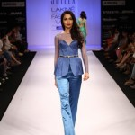 A model on the ramp showcase designer Sailex Ngairangbams creations at LFW (12)