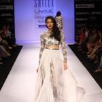 A model on the ramp showcase designer Sailex Ngairangbams creations at LFW (7)