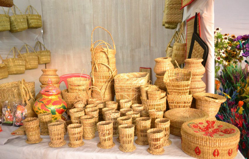 Some handloom products of Manipur