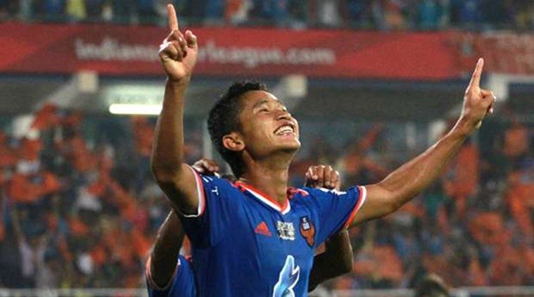 Thongkhosiem Haokip will now don the yellow jersey for Kerala Blasters. (Source: ISL)