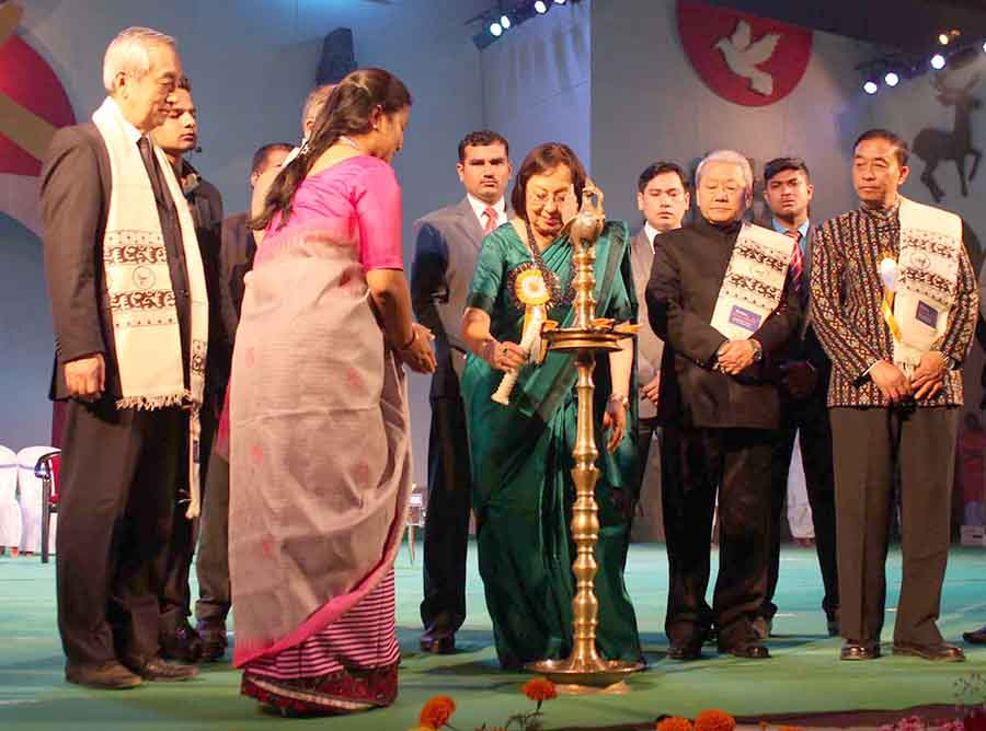 Governor Najma Heptulla (in green saree) inaugurates Sangai festival.