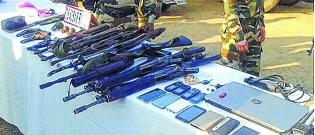 IM-cadres-nabbed-arms-recovered